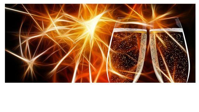 champagne-glasses-162803_1280